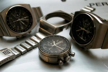 Omega Speedmaster 125
