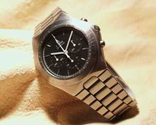 c.861 Stainless Steel / Black Dial (1982)