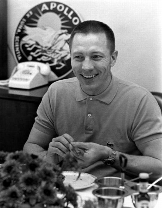 Jack Swigert at Pre-Flight Breakfest... (540 x 690)